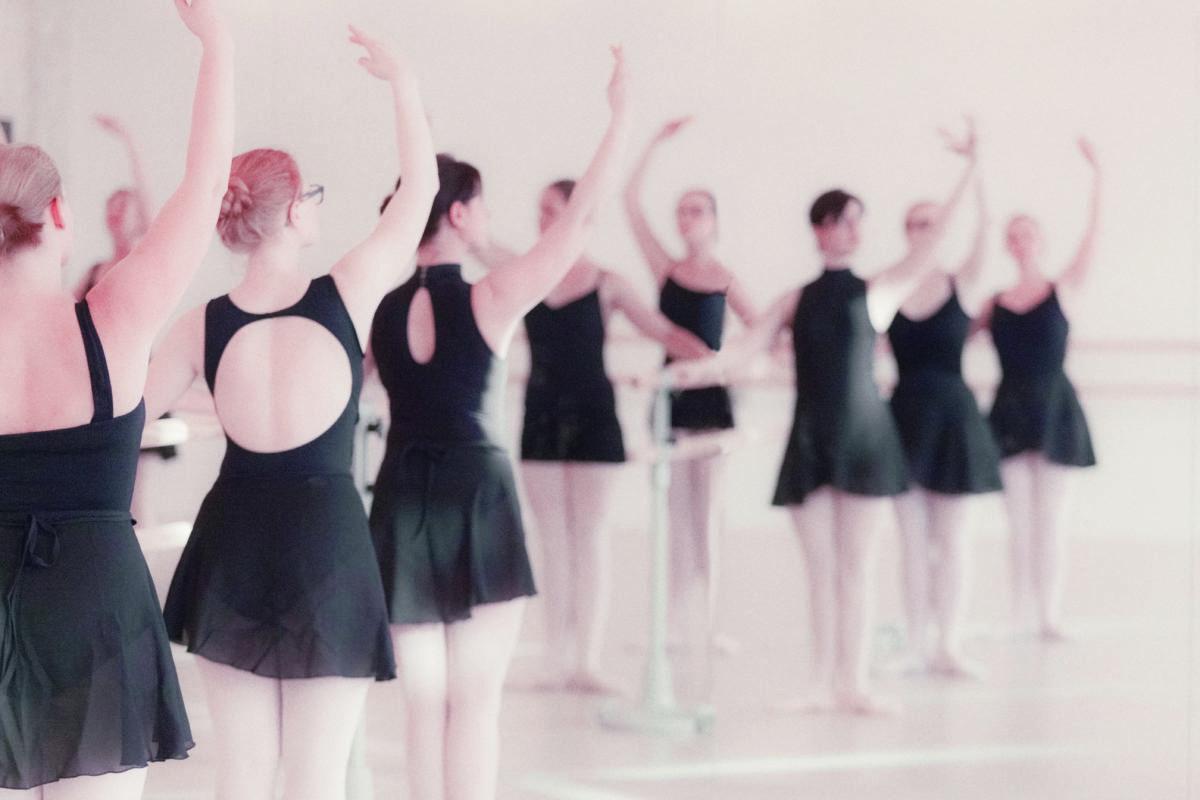 NEU: Ballett Erwachsene Anf. am Dienstag bei Jasmin